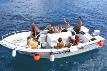 600 Pescador - Martim - www.julius-berlenga.com.pt